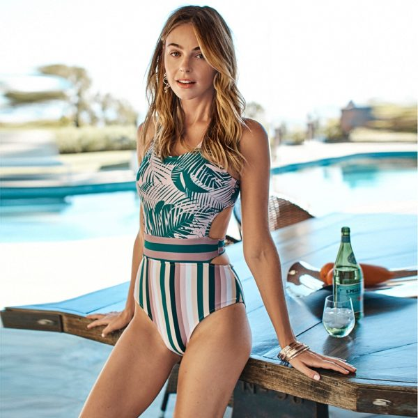 CUPSHE Palms And Stripes One-Piece Swimsuit Women Sexy Lace Up Tank Top Cut Out Monokini 2021 Girls Beach Bathing Suit Swimwear 11